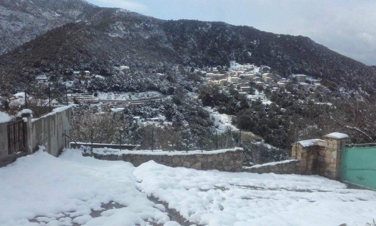 Villanova sous la neige